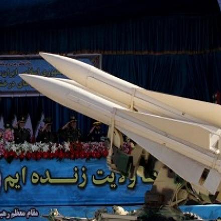 نشریه آمریکایی نشنال اینترست: سیاست ایران در مقابله با آمریکا جواب میدهد