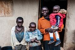 وقتی زوج کنیایی نام فرزند خود را علی خامنهای میگذارند