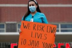 اعتراض پرستاران آمریکایی به کمبود ماسک